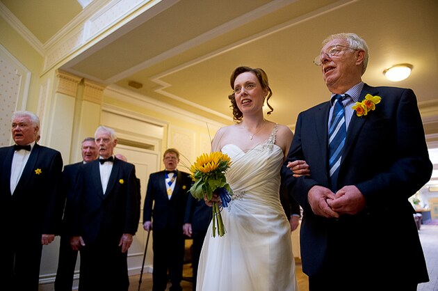 bride's arrival with her father for her civil wedding ceremony