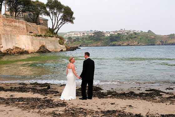 Beach setting near the Fowey Hotel a perfect spot for some beach bridal wedding photographs