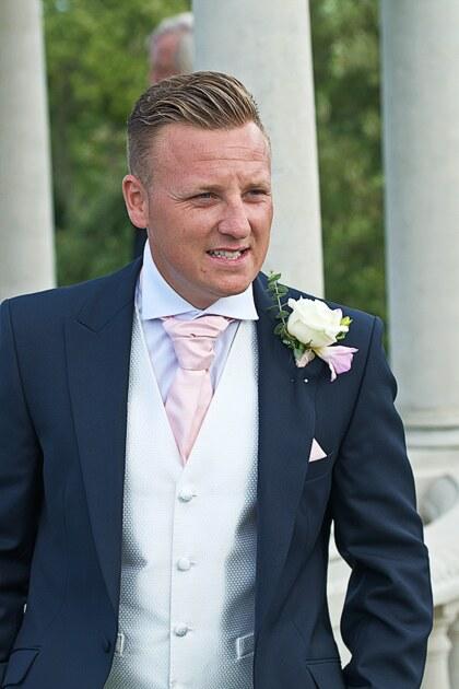 wedding photographer cornwall the groom