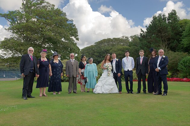 wedding group backdrop Tregenna Castle photographer st ives cornwall