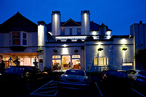 wedding photographer Carbis Bay Hotel frontage